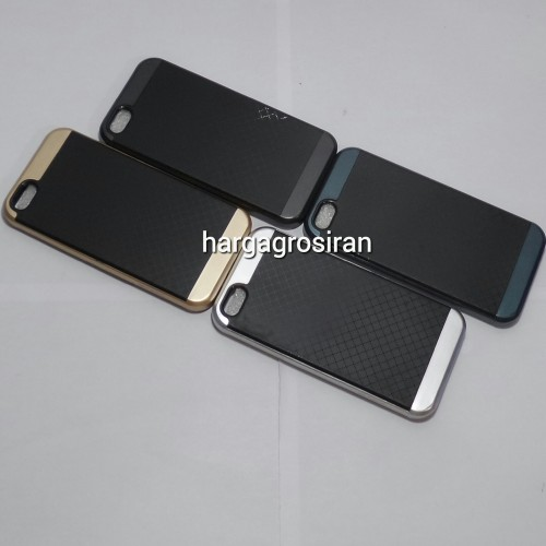 FS Carbon Iphone 5G / 5S / Back Case / Cover Softshell Model Ipaky