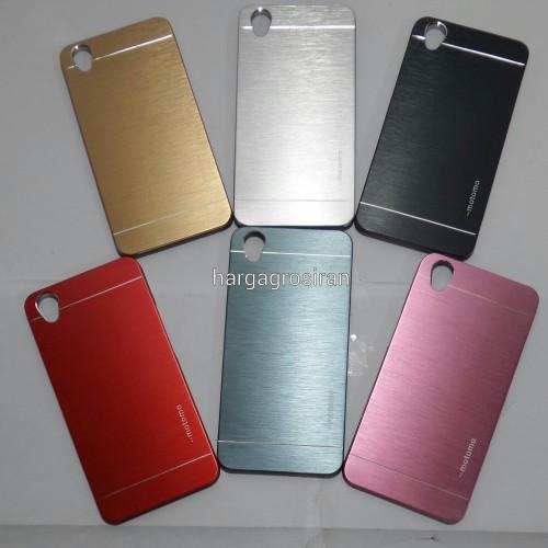 Hardcase / Back Case Motomo Oppo Neo 9 - A37